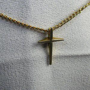VTG Sarah Coventry 10kt Gold Filled Cross Necklace